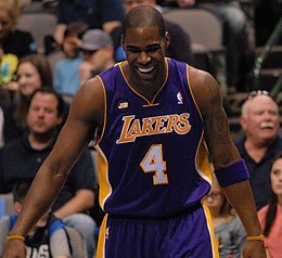 Antawn Jamison Lakers laughing 2013.jpg
