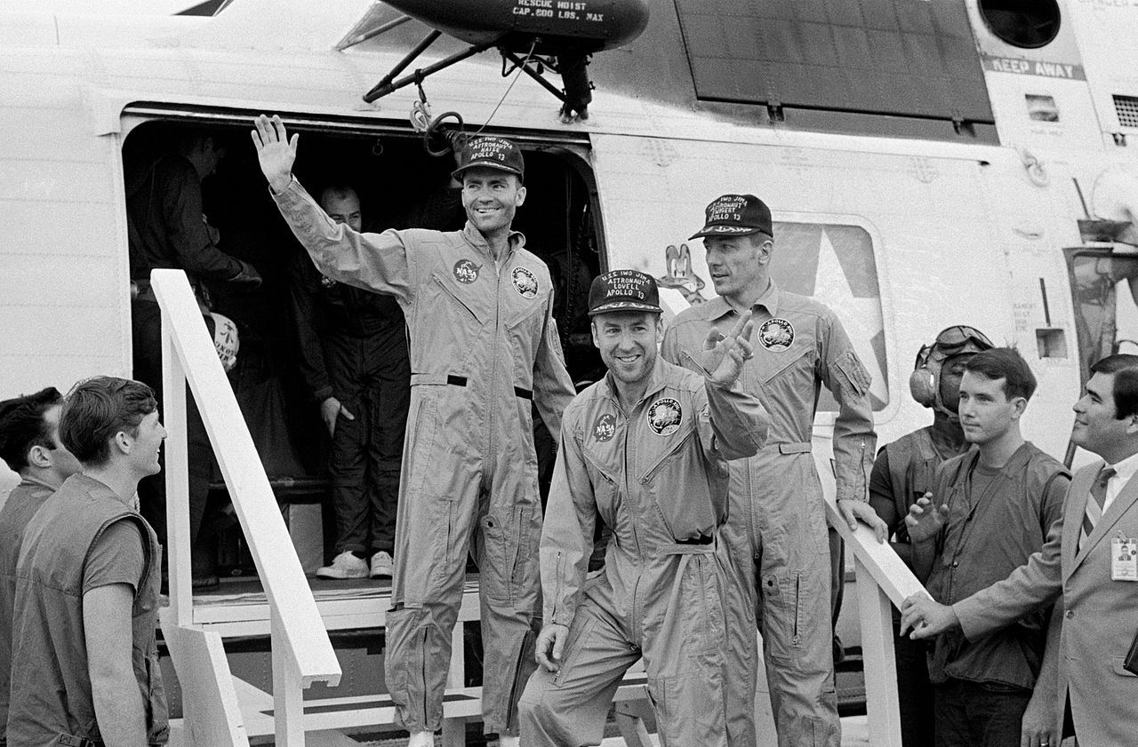 who produced apollo 13 - photo #47