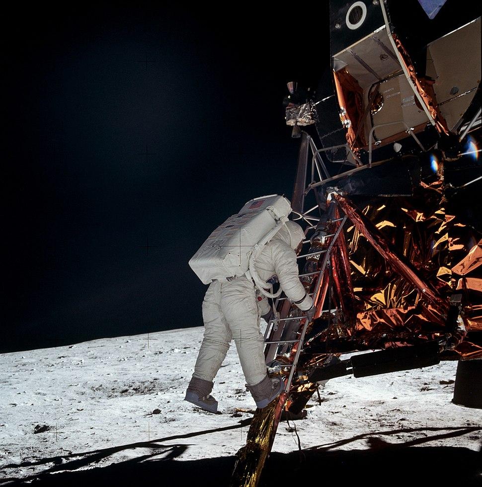 Apollo AS11-40-5868