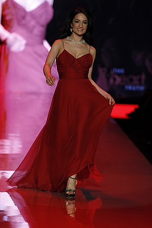 Archie Panjabi - Panjabi in The Heart Truth's Red Dress Collection Fashion Show (2011) which aimed to raise heart disease awareness.