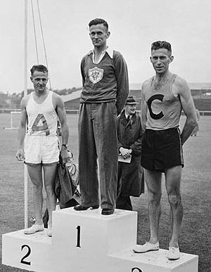 Arthur Lydiard - Lydiard (left) at the 1949 national marathon championships