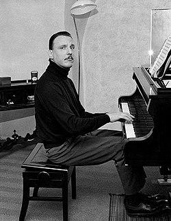 Arturo Benedetti Michelangeli 1960cr.jpg