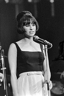 Astrud Gilberto si esibisce ad Amsterdam, 1966
