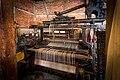 Atelier de tissage Michel Gander métier à tisser mécanique en fonte XXe.jpg