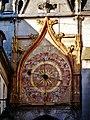 Auxerre Uhrturm Uhr 3.jpg