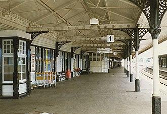 Aviemore railway station - Under the canopy on Platform 1