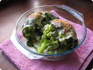 Louis de Bechamel - Béchamel and broccoli