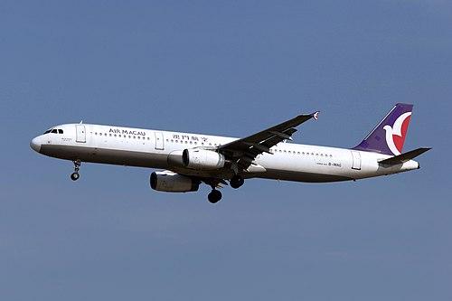 B-MAG - Air Macau - Airbus A321-131 - ICN (18198401701).jpg