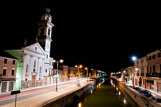 Battaglia Terme - Night view from the bridge on Canale Battaglia.