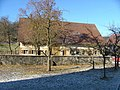 Bauernhaus bei der Kirche - panoramio.jpg