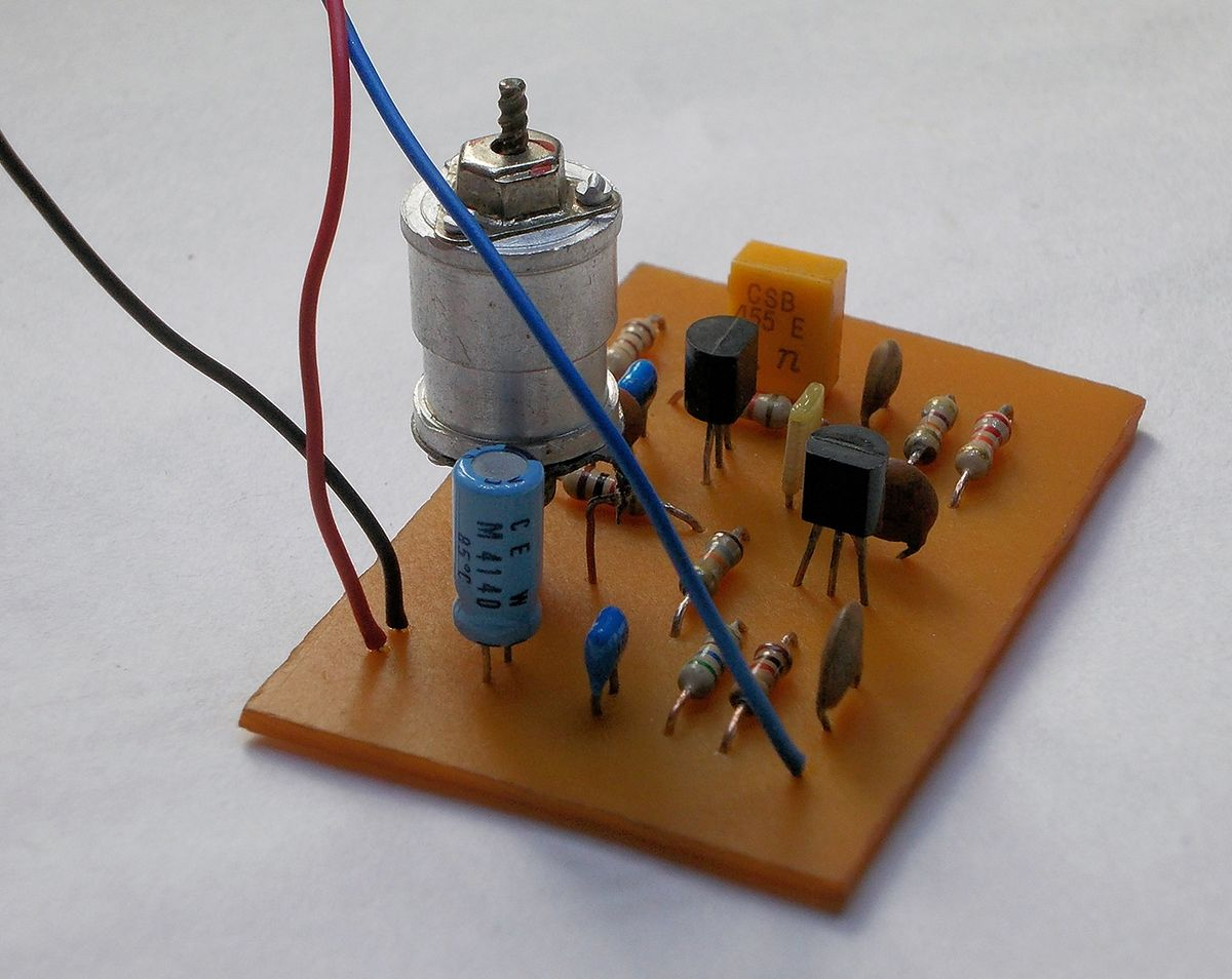 Beat Frequency Oscillator Wikipedia Sine Systems Inc Diy Audio Detection Circuit