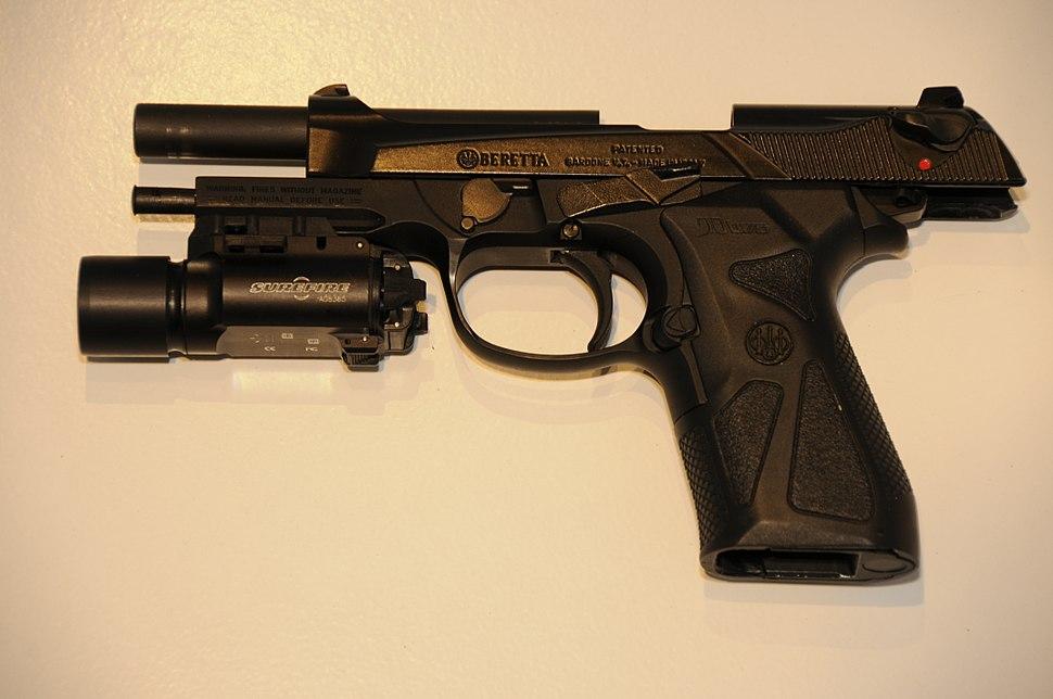 Beretta 90two - Howling Pixel