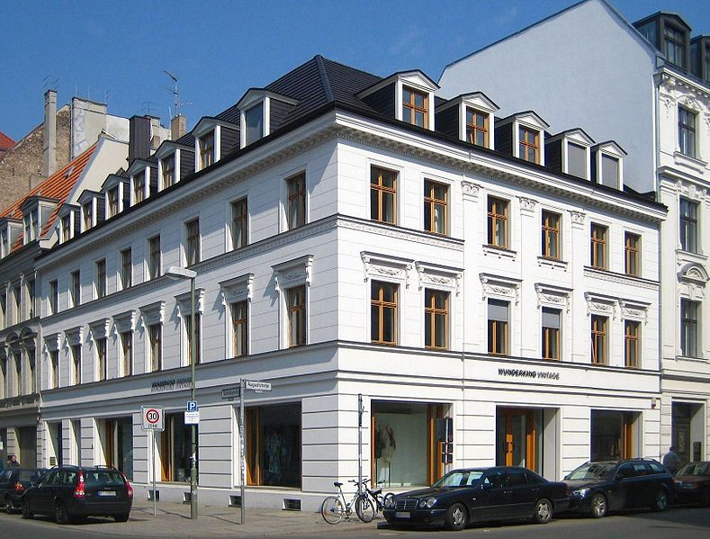file berlin mitte auguststrasse 76 wikimedia commons. Black Bedroom Furniture Sets. Home Design Ideas