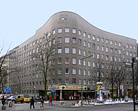 1980-84: Bonjour Tristesse, Berlim.