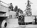 Bezichtiging door de bevolking van marine-eenheden (behalve onderzeeërs en mijne, Bestanddeelnr 900-0086.jpg