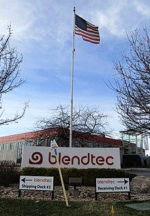 Blendtec (33407636125) .jpg