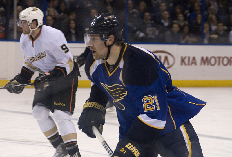 File:Blues vs Ducks ERI 4651 (5473066002).jpg
