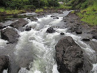 Wailuku River - A portion of the Boiling Pots above Pe'epe'e Falls.
