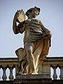 Bordeaux (33) Grand-Théâtre Statue du portique 05.JPG