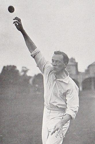 Bernard Bosanquet (cricketer) - Image: Bosanquet bowling front