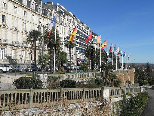 Boulevard des Pyrénées Pau 1
