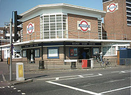 Bounds green station.jpg