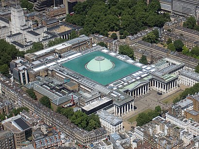 How to get to British Museum with public transport- About the place