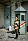 Budapest I., Szent György Square, Sándor Palace. Guard of Honour (10890268203).jpg