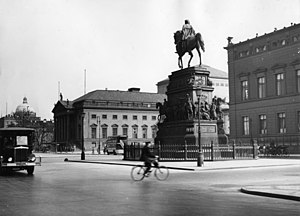 Equestrian statue of Frederick the Great - Looking towards the royal palace, 1920