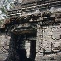 COLLECTIE TROPENMUSEUM Reliëfs op de Candi Bima Dijeng-plateau TMnr 20026502.jpg