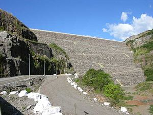 Campos Novos Dam - Image: Campos Novos Dam Lower Side