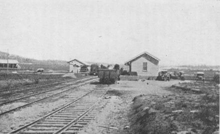 Canberra station in 1929 Canberra Railway Station 1929.JPG