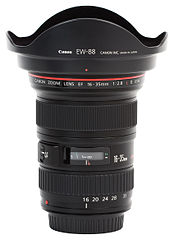 Canon EF 16-35mm f2.8L USM II Hooded.jpg
