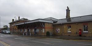 Canterbury East railway station - Station building