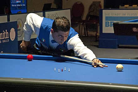 Five-pins game at the European Carom Billiards Championships 2015. Carambolage-EM 2015-Tag 5-04 (LezFraniak).jpg