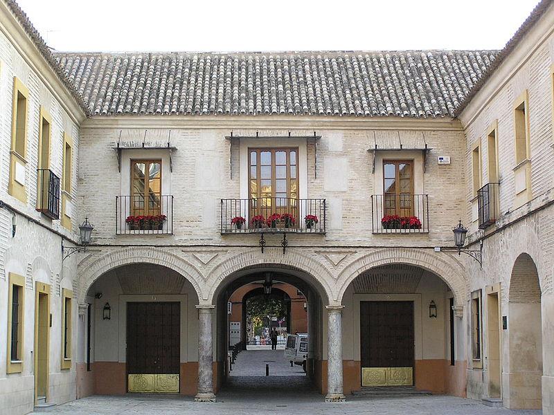 8 reales de FELIPE II, Sevilla. 800px-Casadelamoneda008