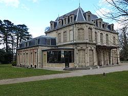 Le château de Bernis.