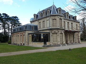 Le château de Bernis