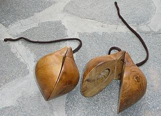 Chácaras type of castanets from the Canary Islands