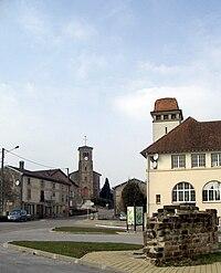 Charmois-l'Orgueilleux, Centre du village.jpg