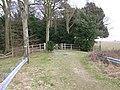 Choice of footpaths, Tilmanstone - geograph.org.uk - 1214714.jpg