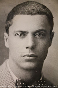 Claude Simon ca 1932.jpg