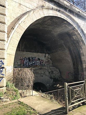 Cloaca Maxima - Outfall of Cloaca Maxima as it appeared in January 2019
