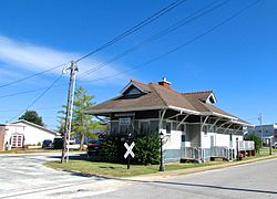 Collinwood-Railroad-Station-tn1.jpg