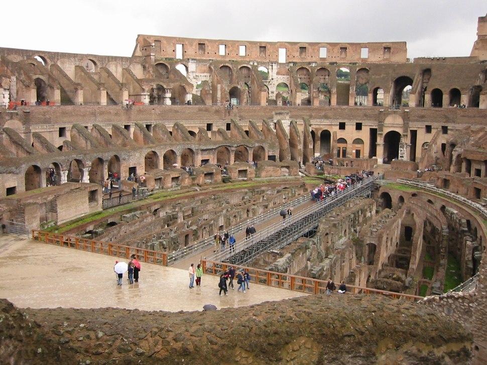 Colosseum-interior.01