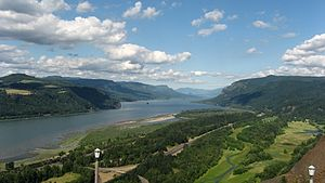 Multnomah people - The Columbia River