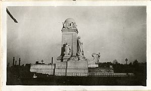 Columbus Circle (Washington, D.C.) - The Columbus Fountain in 1919