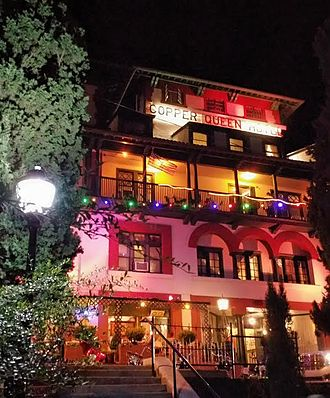 Copper Queen Hotel - Copper Queen Hotel at night