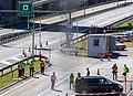 Covid Schweiz Polizei vor Gotthard-Tunnel.jpg