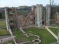 Cowdray ruins 28.jpg